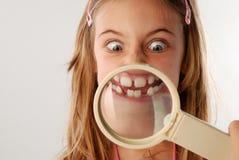 стеклянный увеличивая рот вниз Стоковые Фотографии RF