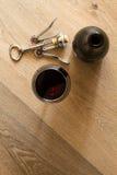 стекла бутылок установили белое вино 7 6 Стоковые Фотографии RF