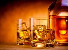2 вискиа и бутылка Стоковое Фото