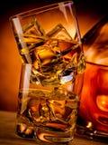 2 вискиа и бутылка Стоковое Изображение RF
