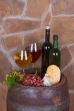 Стекла и бутылки вина Стоковое фото RF