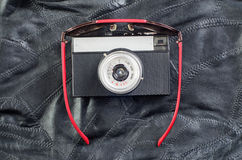 Стекла и камера на коже стоковое изображение