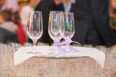 стекла обрамленные шампанским горизонтально сняли Стоковое Изображение