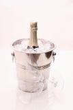 стекла охладителя шампанского бутылки изолировали белизну 2 Стоковая Фотография RF