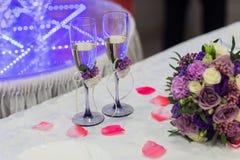 2 стекла wedding Стоковые Изображения