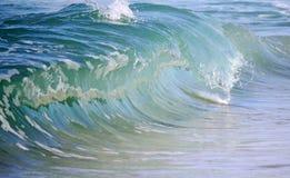 Стекловидная голубая волна разливания Стоковые Изображения RF