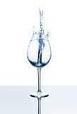 Стекло белой жидкости Стоковые Фото
