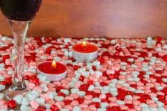 Стекло вина и свечек Стоковые Фотографии RF