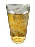 Стекло вискиа и льда изолированных на белой предпосылке Стоковое Фото