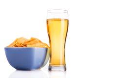 Стекло изолированных пива и обломоков Стоковое Фото