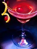 Стекло коктеиля вишни с красной ягодой Стоковые Фото