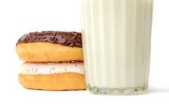 Стекло молока и donuts Стоковое фото RF