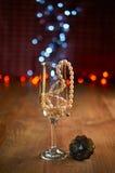 Стекло шампанского и шариков Стоковая Фотография