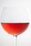 Стекло Frost красного бокала на белой предпосылке Стоковые Фотографии RF