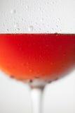 Стекло Frost красного бокала на белой предпосылке Стоковое фото RF