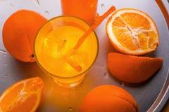 Стекло Misted с апельсиновым соком Стоковое Фото