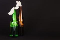 Стеклянная бутылка заполнила с бензином, так называемым cocktai Молотова Стоковые Фотографии RF