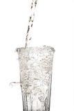 Стеклянная вода при упаденный beeing воды Стоковое Изображение
