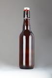 Стеклянная пивная бутылка Стоковая Фотография