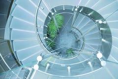 стеклянная самомоднейшая лестница Стоковое фото RF