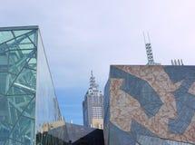 Стеклянная сталь и декоративный песчаник стоковые изображения rf