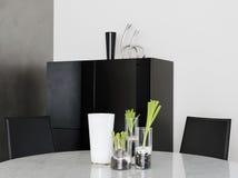 Стеклянные вазы на таблице Стоковые Изображения RF