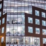 Стеклянный фасад на большом здании Стоковое Изображение