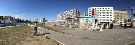 Стена Берлина Германии историческая стоковое фото rf