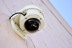 стена видео системы безопасности камеры стоковое изображение rf