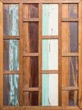 Стена винтажной нашивки старая деревянная Стоковые Фотографии RF