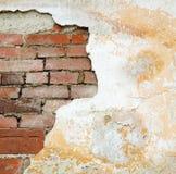 стена гипсолита кирпича старая Стоковое Изображение