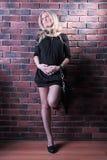 стена девушки стоковая фотография rf