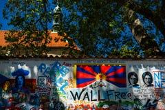 Стена Джон Леннон в Праге Praha стоковая фотография