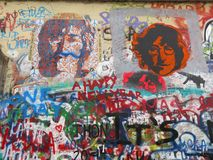 Стена Джон Lennon в Прага стоковые изображения