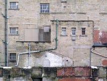 Стена здания фабрики Grunge Стоковое Изображение