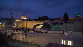 Стена Израиля старая Иерусалима ночи западная сток-видео