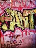 Стена искусства улицы граффити в окраинах гетто стоковые фото
