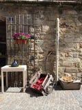 Стена и объекты ремесленника каменная Стоковые Фото