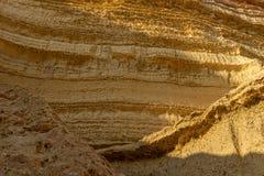 Стена каньонов в пустыне Namibe С солнцем вышесказанного anisette стоковые изображения rf