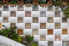 Стена мозаики Guell парка, Барселона Стоковое Изображение