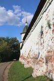 Стена монастыря Spaso Andronikov в Москве Стоковые Фото