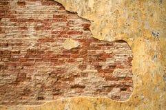 стена предпосылки треснутая кирпичом текстурированная Стоковые Фотографии RF