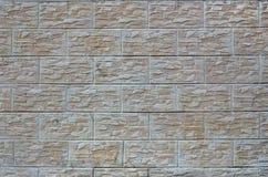 Стена светлых плиток текстуры, стилизованная по внешнему виду как кирпич Один из типов decoratio стены Стоковые Изображения RF