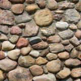 Стена старого валуна каменная Стоковое фото RF