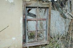 Стена старого здания с окном Стоковое фото RF