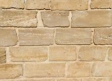 Стена сделанная из блоков песчаника Стоковые Фотографии RF