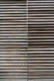 Стена сделанная наслоенных деревянных панелей Стоковая Фотография RF