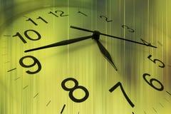 стена часов близкая поднимающая вверх Стоковое Изображение