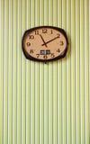 стена часов зеленая Стоковые Изображения