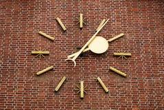 стена часов кирпича большая Стоковая Фотография RF